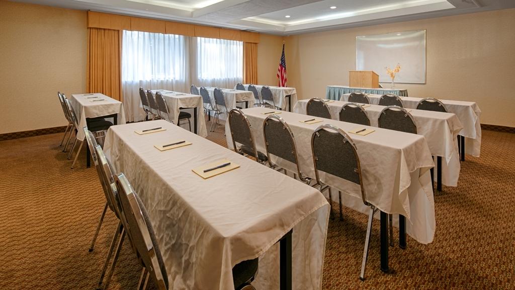 Best Western Plus West Covina Inn - Meeting Room