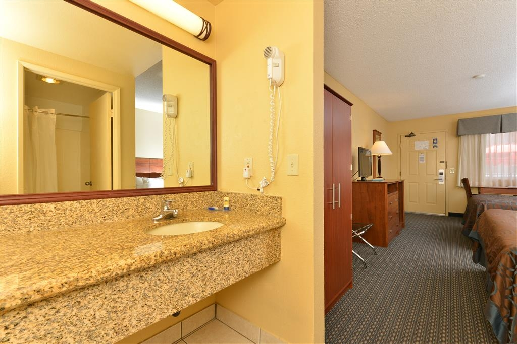 Best Western Santee Lodge - Baño