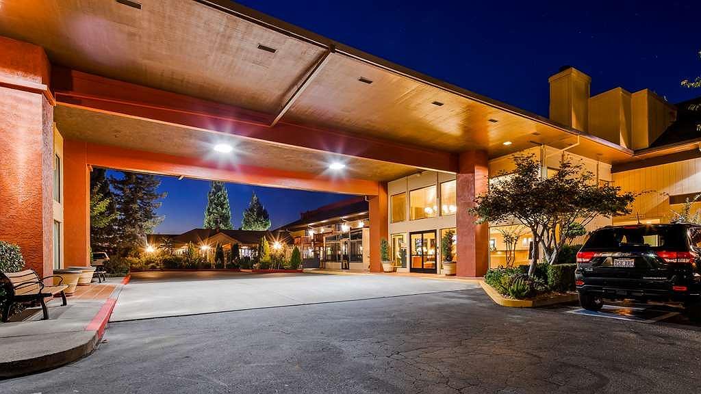 Best Western Plus Placerville Inn - Aussenansicht