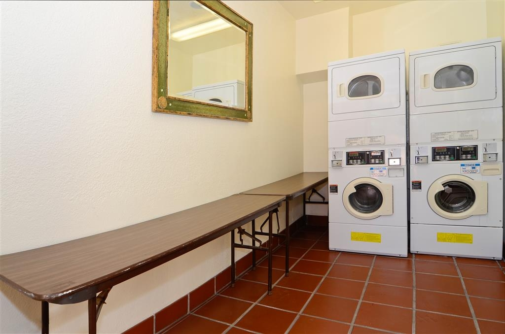 Best Western Plus Placerville Inn - We offer a laundry area so you can always look and feel your best.