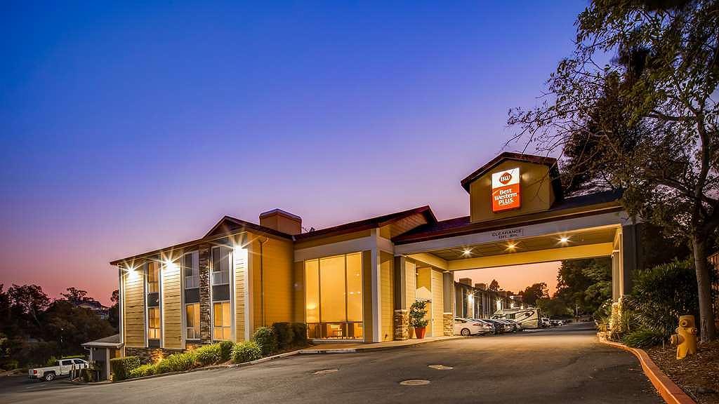 Best Western Plus Heritage Inn - Vue extérieure