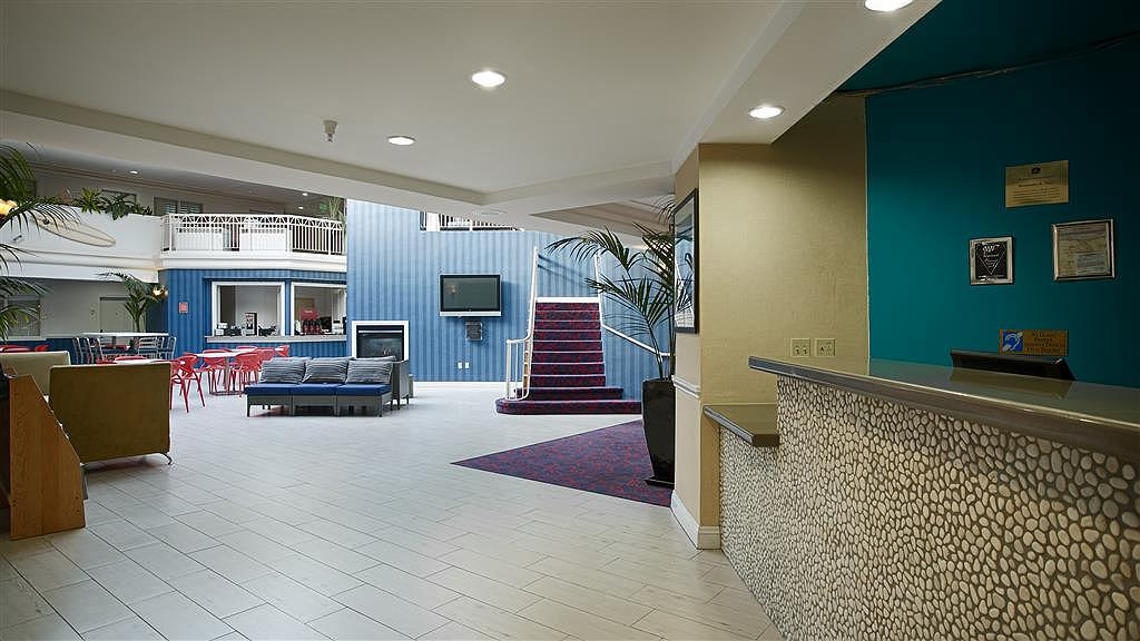 Best Western Plus All Suites Inn - Hall