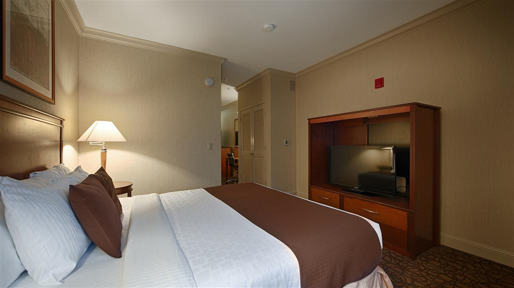 Best Western Plus All Suites Inn - Jump in and immediately feel the comfort of our mattresses in our king guest room.