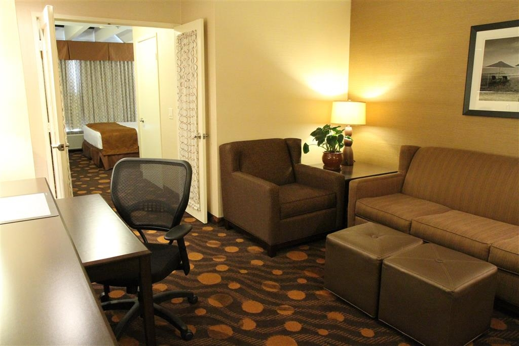 Best Western Plus Suites Hotel Coronado Island - King Suite