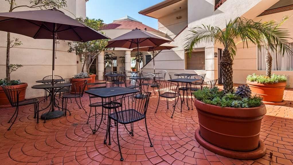 Best Western Plus Suites Hotel Coronado Island - propriété d'agrément