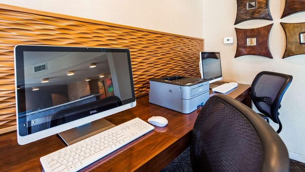 Best Western Plus Suites Hotel Coronado Island - Business center