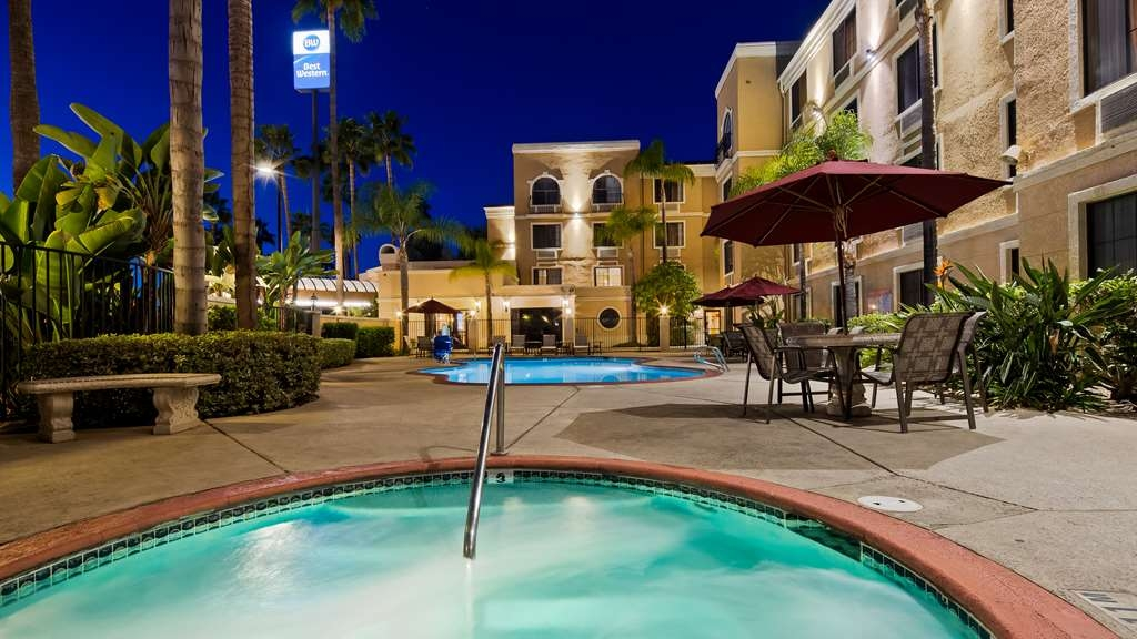 Best Western Escondido Hotel - Pool view