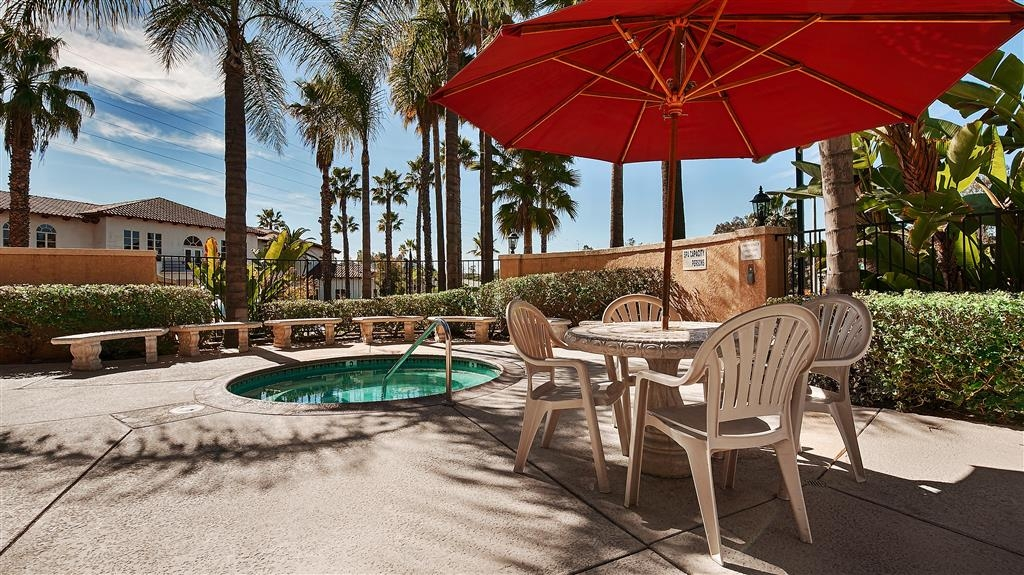 Best Western Escondido Hotel - Patio