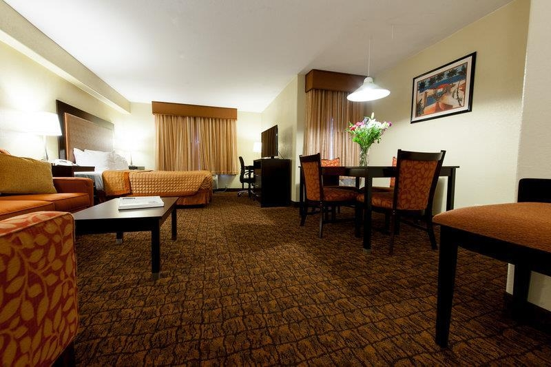Best Western Escondido Hotel - Mini Suite, one oversized room