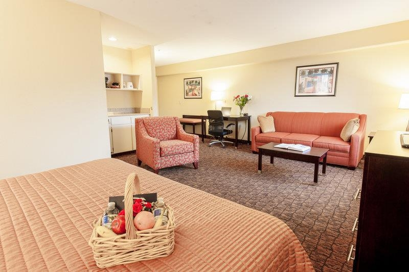 Best Western Escondido Hotel - Mini Suite 33's