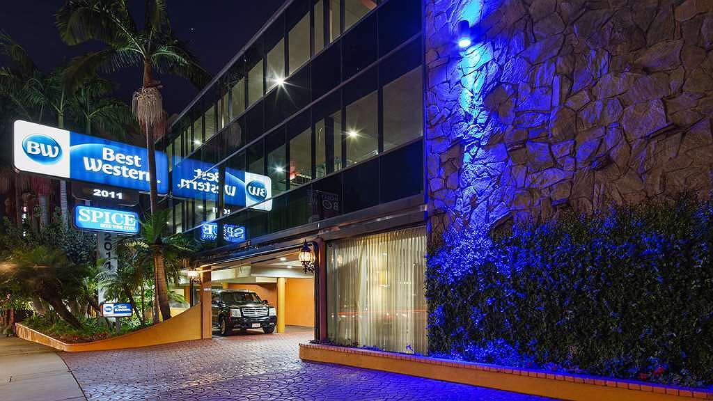Best Western Hollywood Plaza Inn - Exterior Twilight