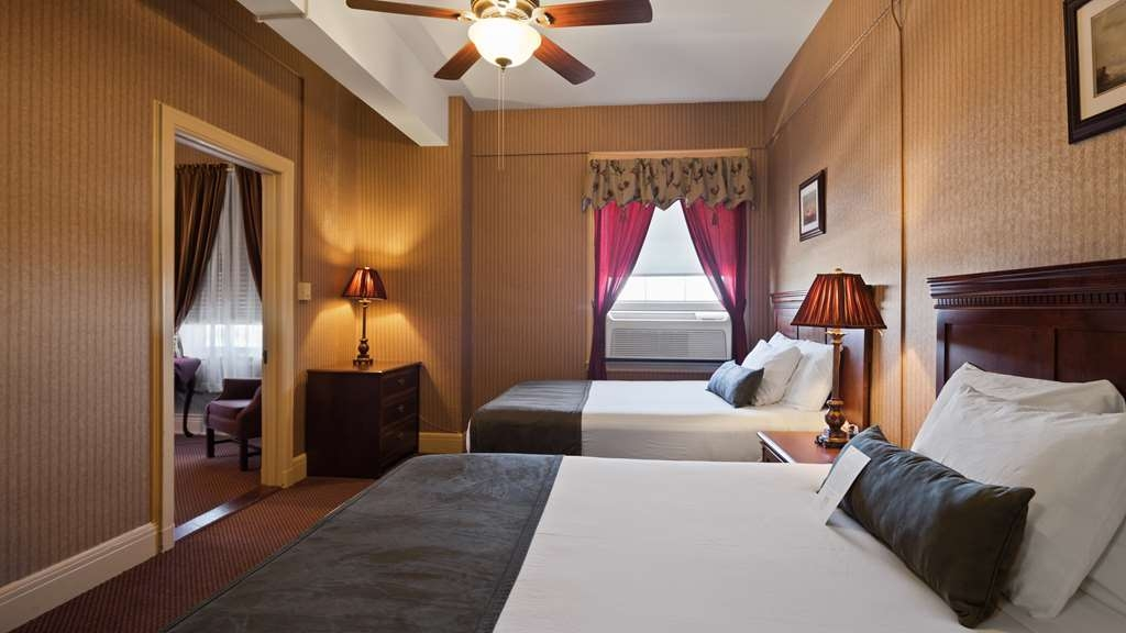 SureStay Collection by Best Western Genetti Hotel - 2 Room Suite 2 Beds