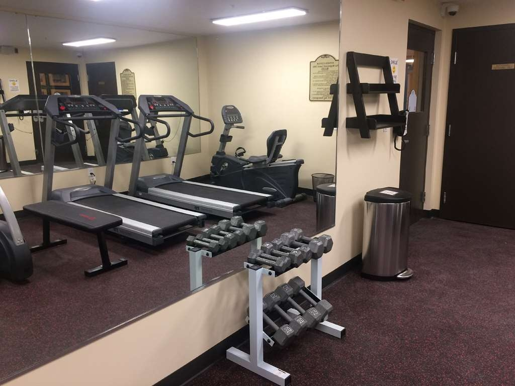 SureStay Plus Hotel by Best Western Jasper - Burn off last night's dinner in our fitness center.