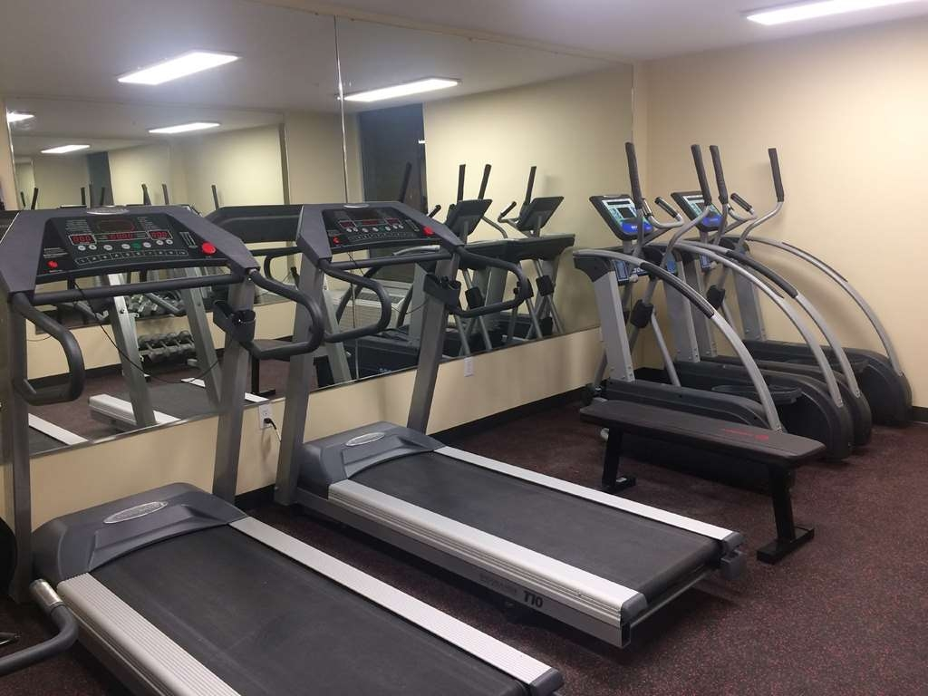 SureStay Plus Hotel by Best Western Jasper - Maintain your fitness routine during your stay with us in our fitness center.
