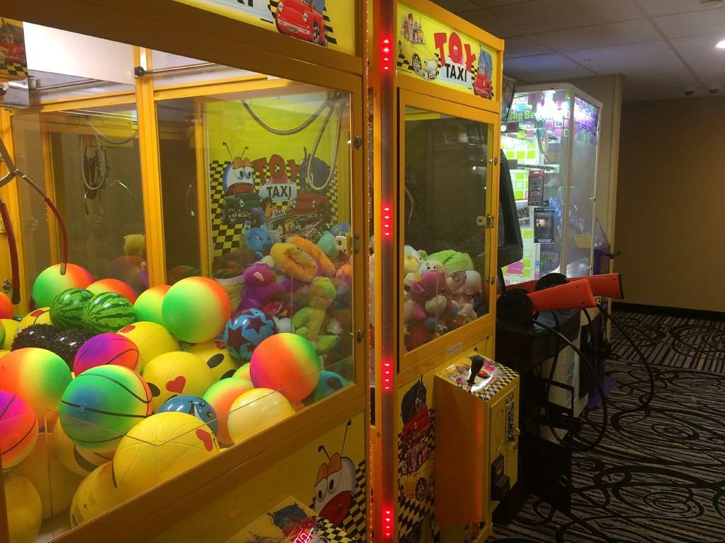 SureStay Plus Hotel by Best Western Jasper - There is no better place to take your family than our onsite Arcade room.