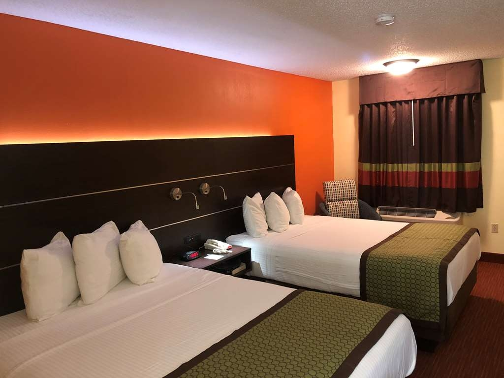 SureStay Hotel by Best Western Manning - This 2 queen room is the perfect choice while traveling with your family.