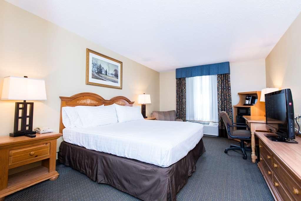 SureStay Plus Hotel by Best Western Elizabethtown Hershey - Enjoy a great nights sleep in one of our king guestrooms.