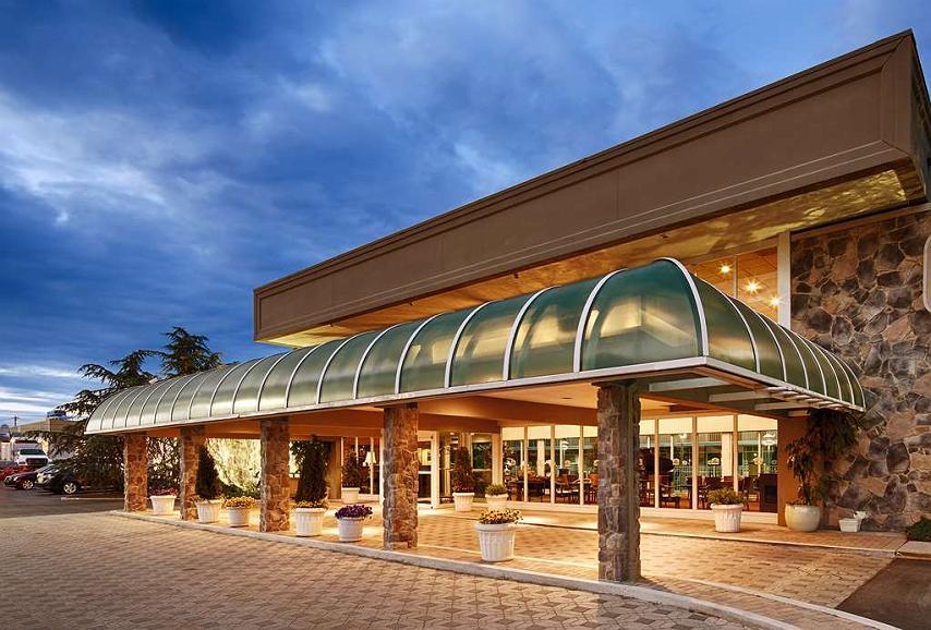 SureStay Plus Hotel by Best Western Brandywine Valley - Area esterna
