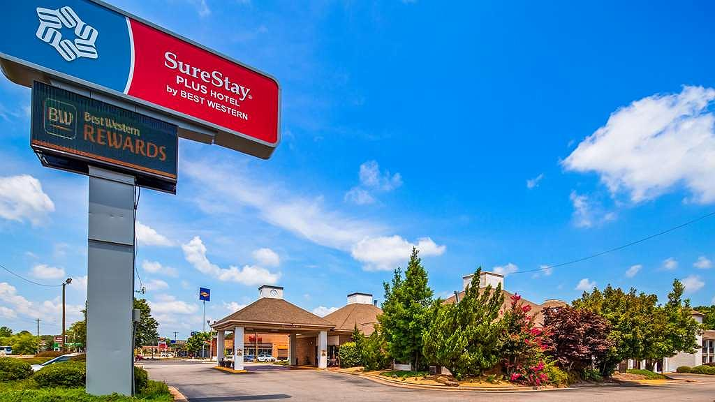 SureStay Plus Hotel by Best Western Fayetteville - Vista exterior