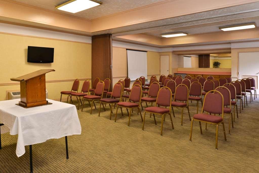SureStay Plus Hotel by Best Western Fayetteville - Besprechungszimmer