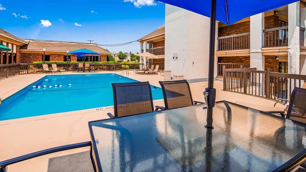 SureStay Plus Hotel by Best Western Fayetteville - Piscina