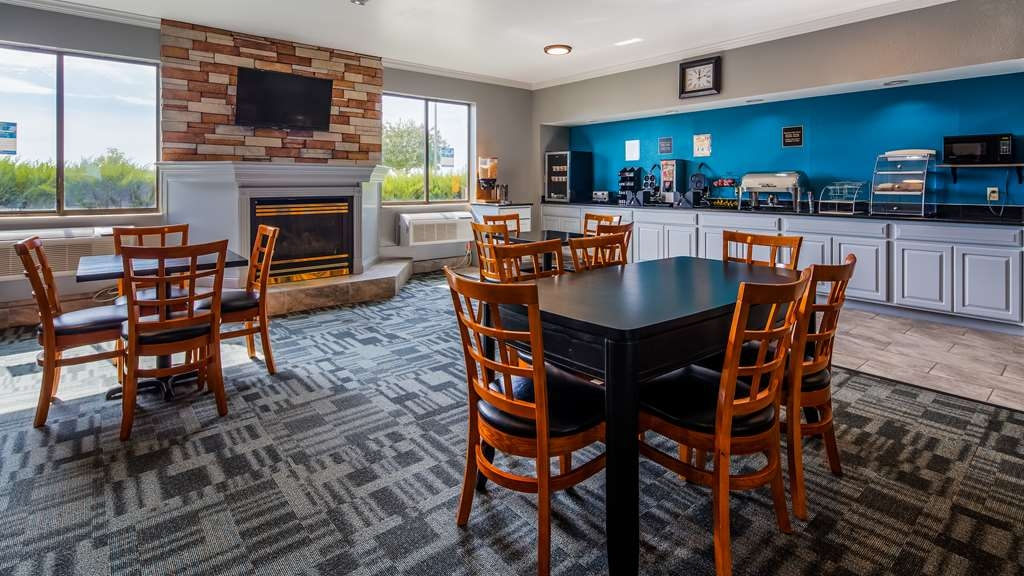 SureStay Plus Hotel by Best Western Evansville - Rise and shine with a complimentary breakfast every morning.