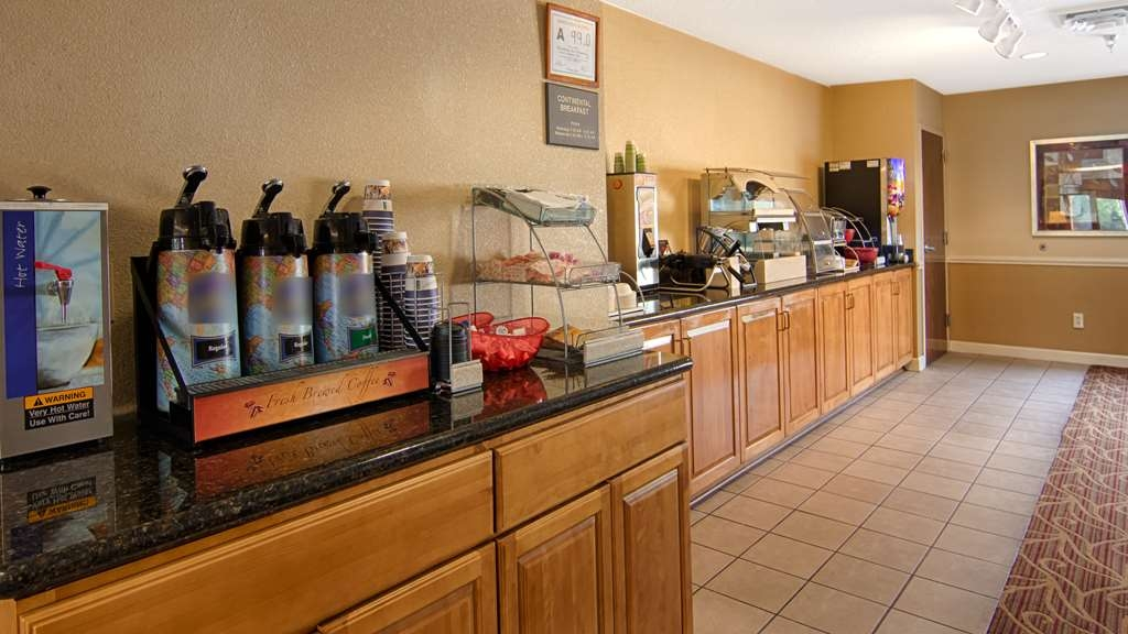 SureStay Plus Hotel by Best Western Tarboro - Join us every morning for a variety of your favorite morning treats.