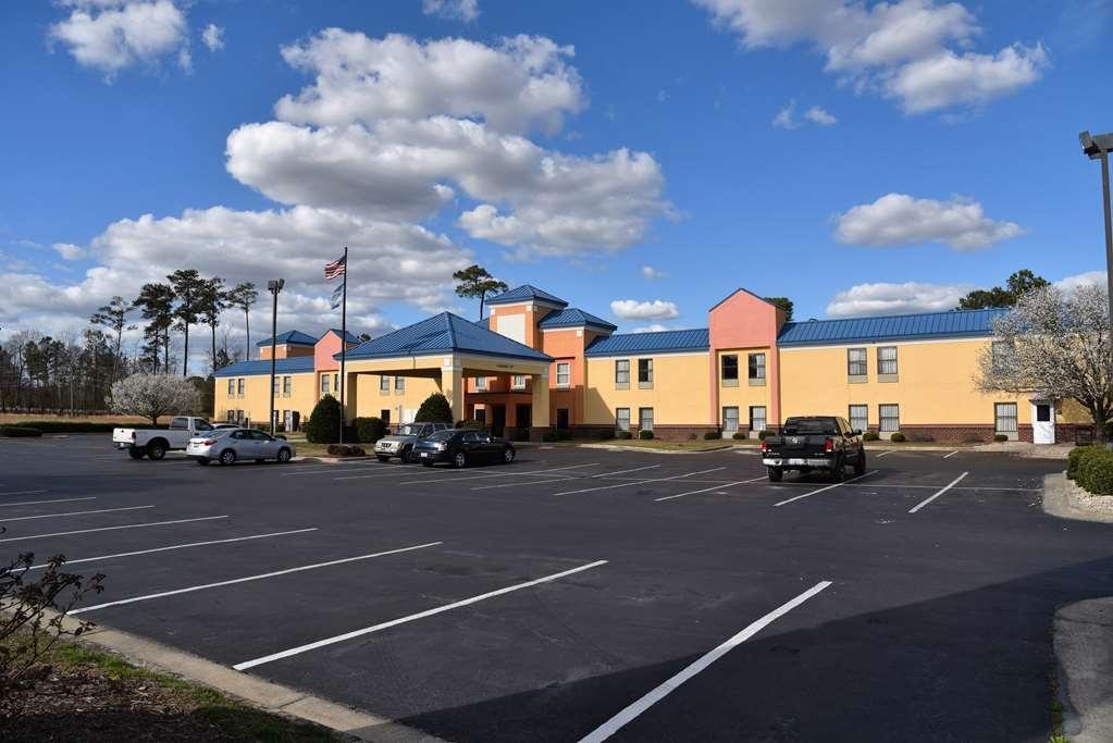 SureStay Plus Hotel by Best Western Tarboro - Vista Exterior