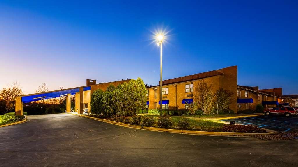 SureStay Plus Hotel by Best Western Lexington - Außenansicht