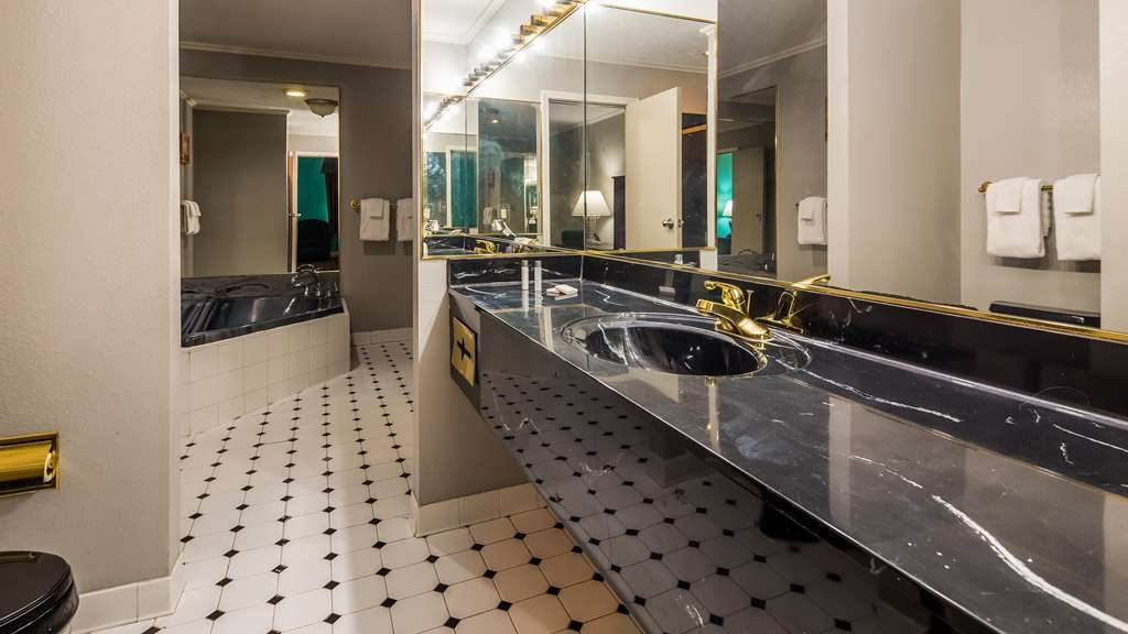 SureStay Plus Hotel by Best Western Lexington - Suite
