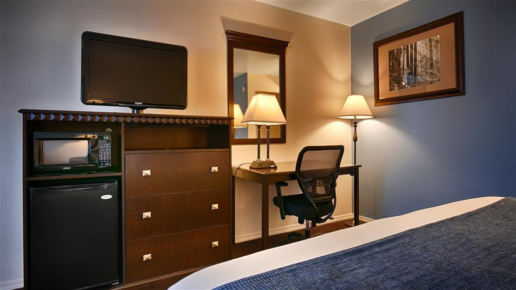 Best Western Arcata Inn - Need to get your work done during your stay with us? We offer free wi-fi access in every guest room.