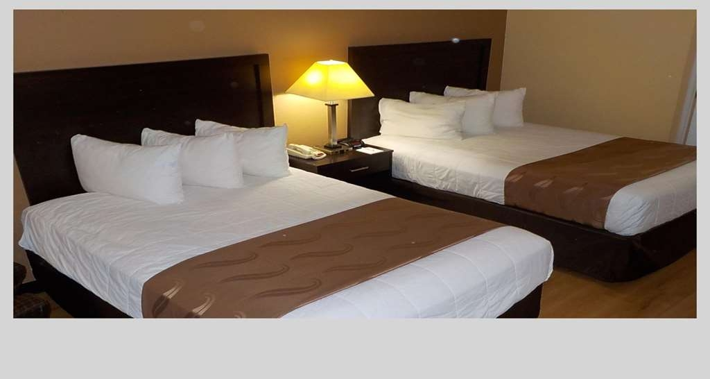 SureStay Plus Hotel by Best Western Asheboro - Bring the family or friends along and make a reservation in this 2 double bedroom.