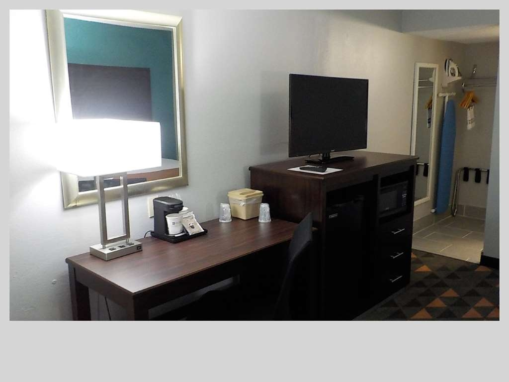 SureStay Plus Hotel by Best Western Indianapolis Northeast - Chambre d'agrément