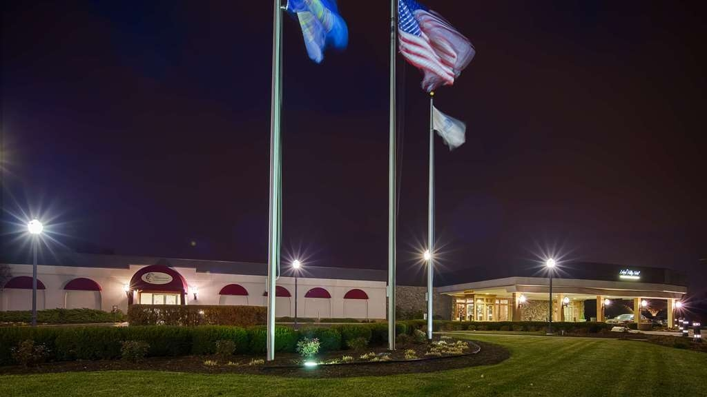 SureStay Collection by Best Western Lehigh Valley Hotel - Façade
