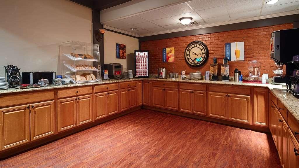 SureStay Collection by Best Western Lehigh Valley Hotel - Restaurant / Etablissement gastronomique