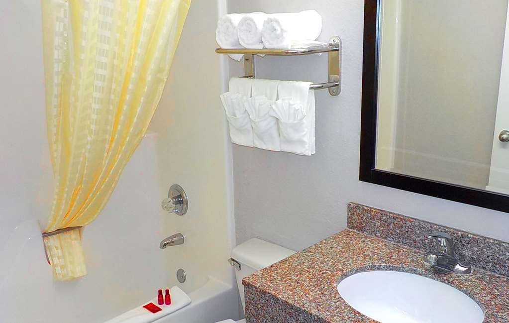 SureStay Hotel by Best Western Florence - Chambres / Logements