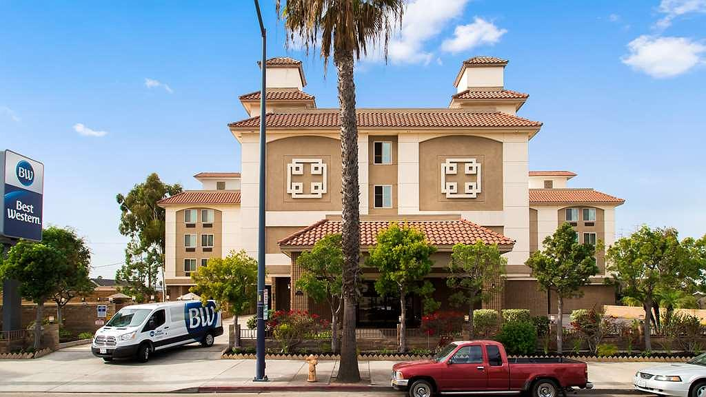 Best Western of Long Beach - Facciata dell'albergo
