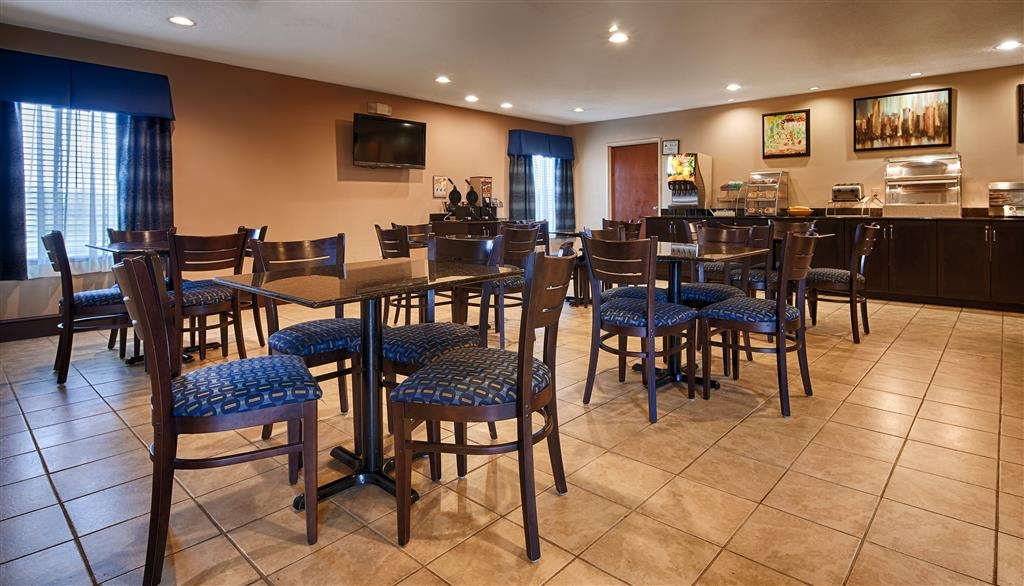 SureStay Plus Hotel by Best Western Roanoke Rapids - Enjoy a balanced and delicious breakfast with choices for everyone.