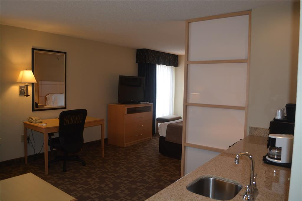 SureStay Plus Hotel by Best Western Roanoke Rapids - Your comfort is our first priority. In our king suite, you will find that and much more.