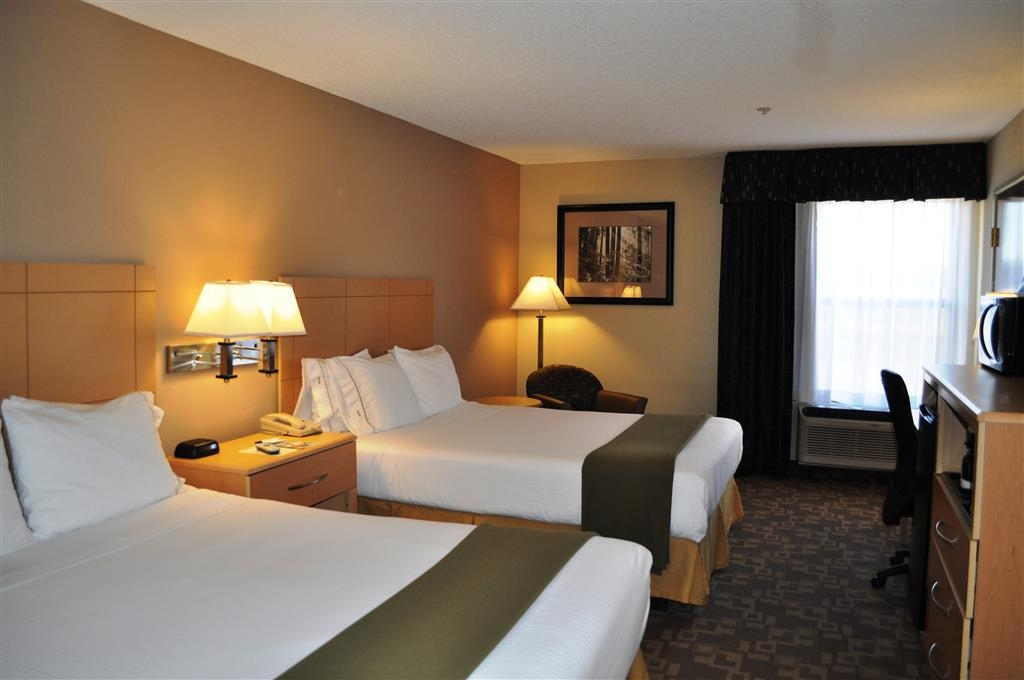 SureStay Plus Hotel by Best Western Roanoke Rapids - This 2 queen bedroom offers a microwave, refrigerator, flat screen TV and free Wifi.