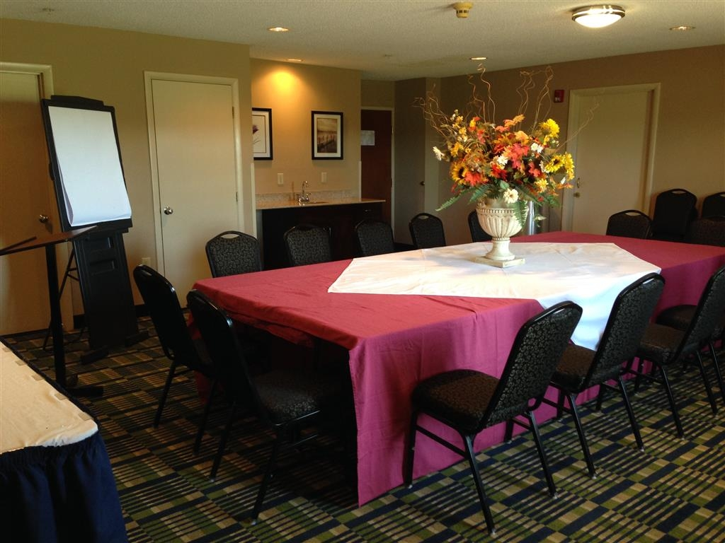 SureStay Plus Hotel by Best Western Roanoke Rapids - Our professional staff is here to go above and beyond your expectations to ensure your meeting or event is perfect.