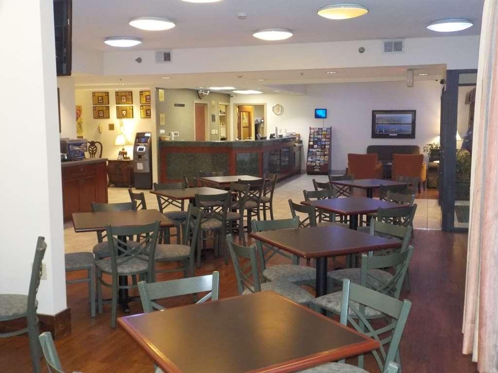 SureStay Plus by Best Western Louisville Airport Expo - Restaurant / Etablissement gastronomique