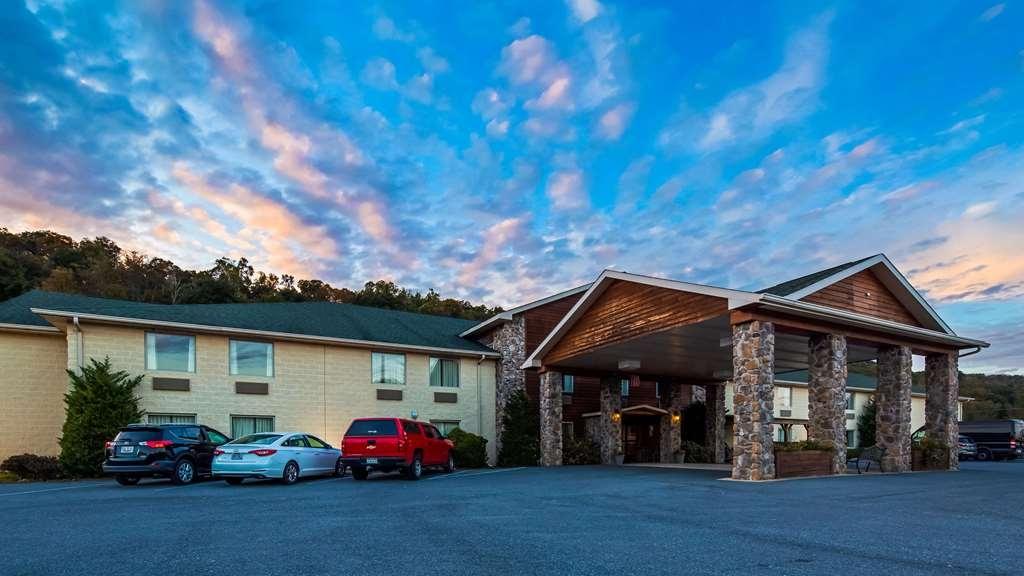 SureStay Plus Hotel by Best Western Berkeley Springs - Außenansicht