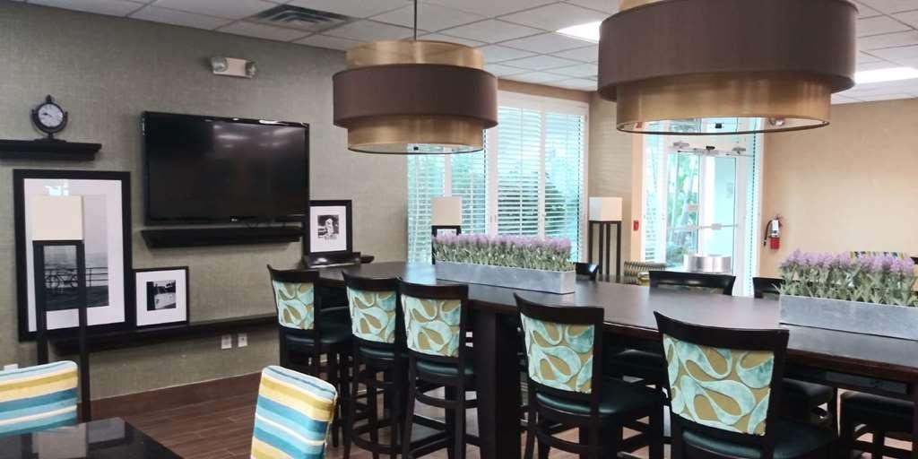 SureStay Plus Hotel by Best Western Clearwater Central - Restaurant / Etablissement gastronomique