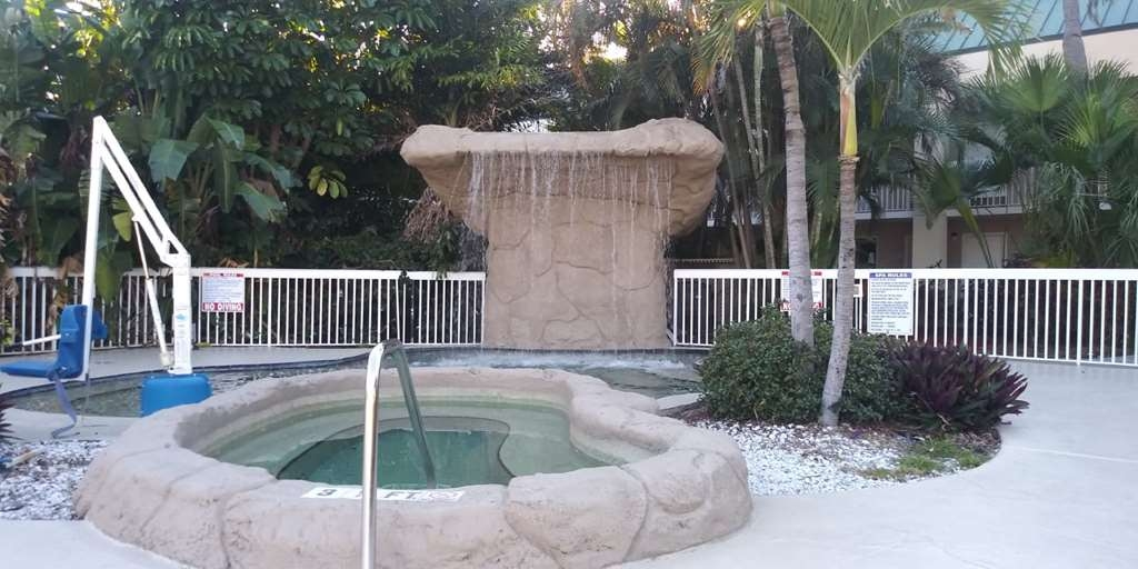 SureStay Plus Hotel by Best Western Clearwater Central - Spa