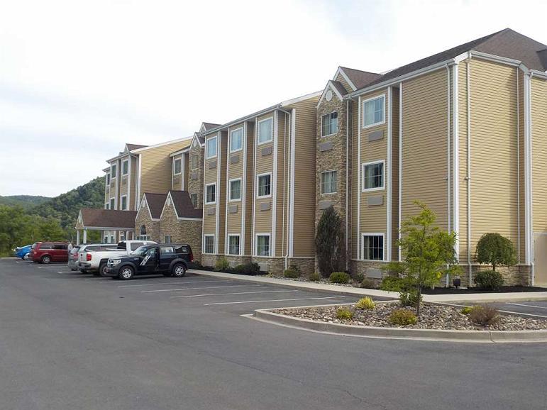 SureStay Plus Hotel by Best Western Keyser - Vista exterior