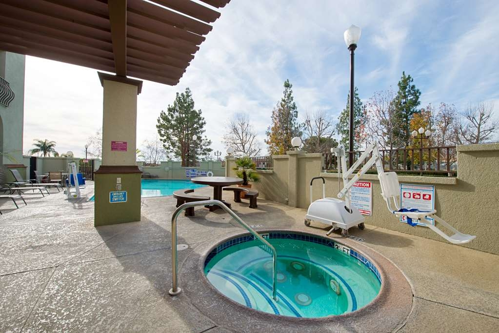 Best Western Plus Heritage Inn Rancho Cucamonga/Ontario - Poolansicht
