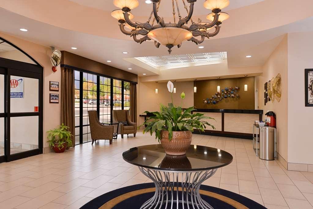 Best Western Plus Heritage Inn Rancho Cucamonga/Ontario - Foyer