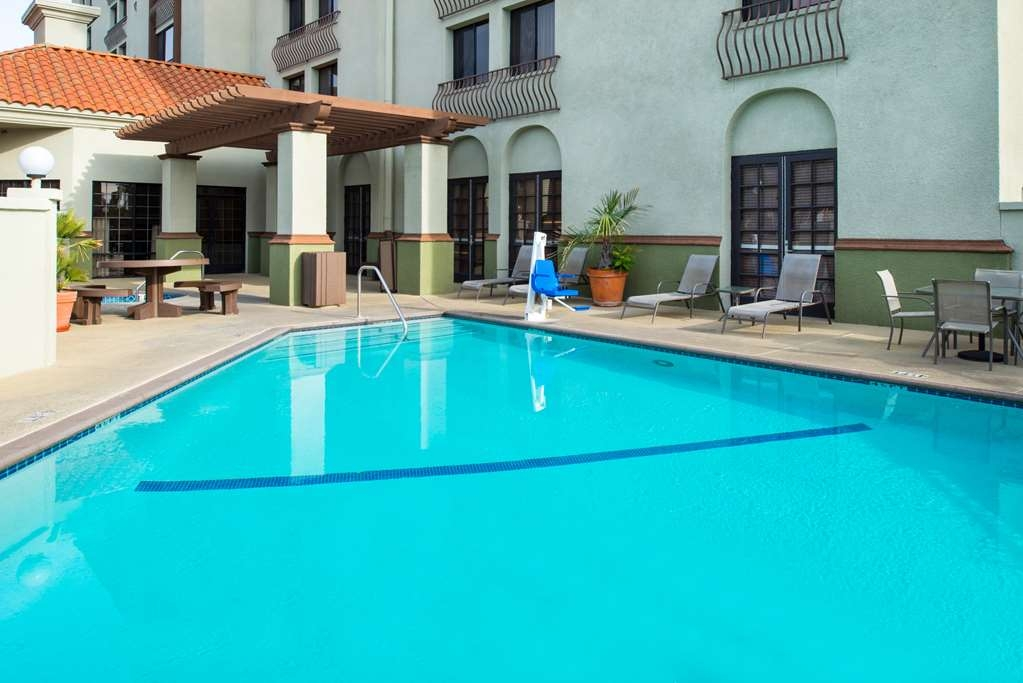 Best Western Plus Heritage Inn Rancho Cucamonga/Ontario - Outdoor Swimming Pool