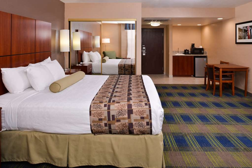 Best Western Plus Heritage Inn Rancho Cucamonga/Ontario - Camera con letto king size